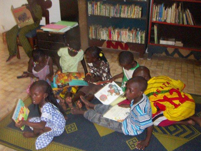 Espace enfants bibli Missira
