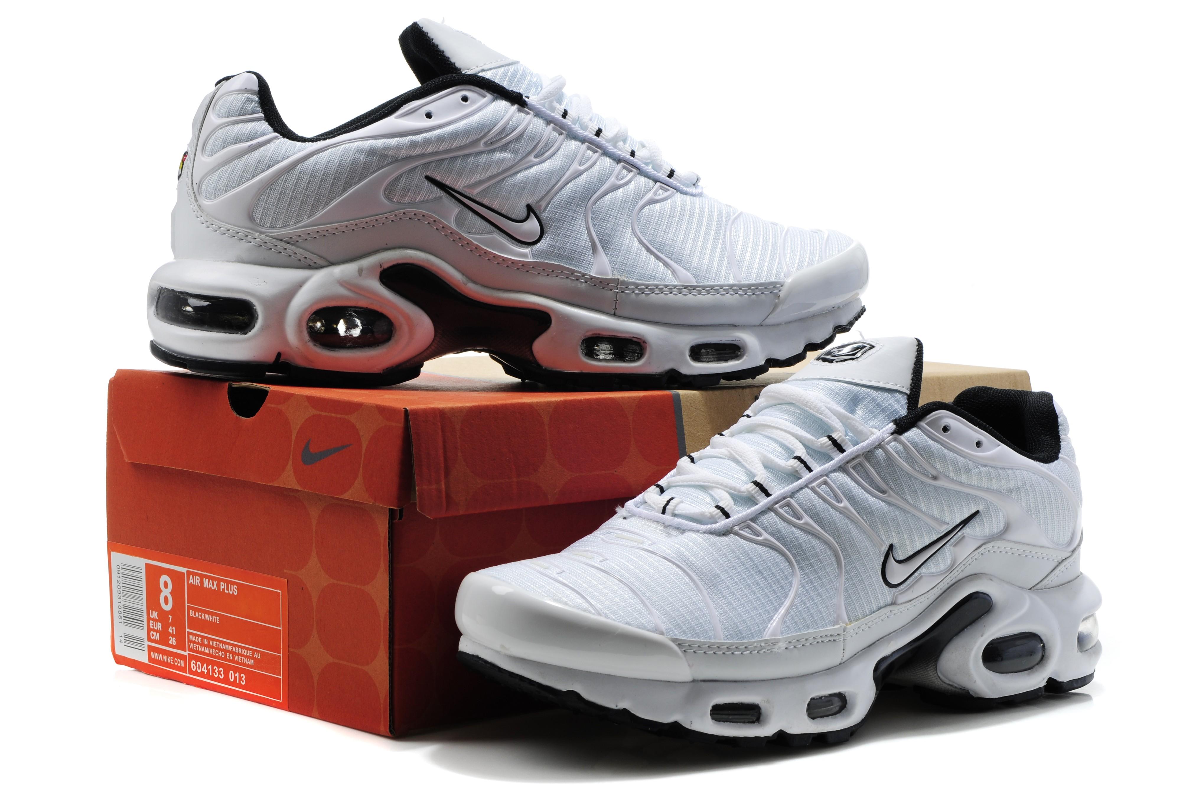 chaussure nike moins de 100