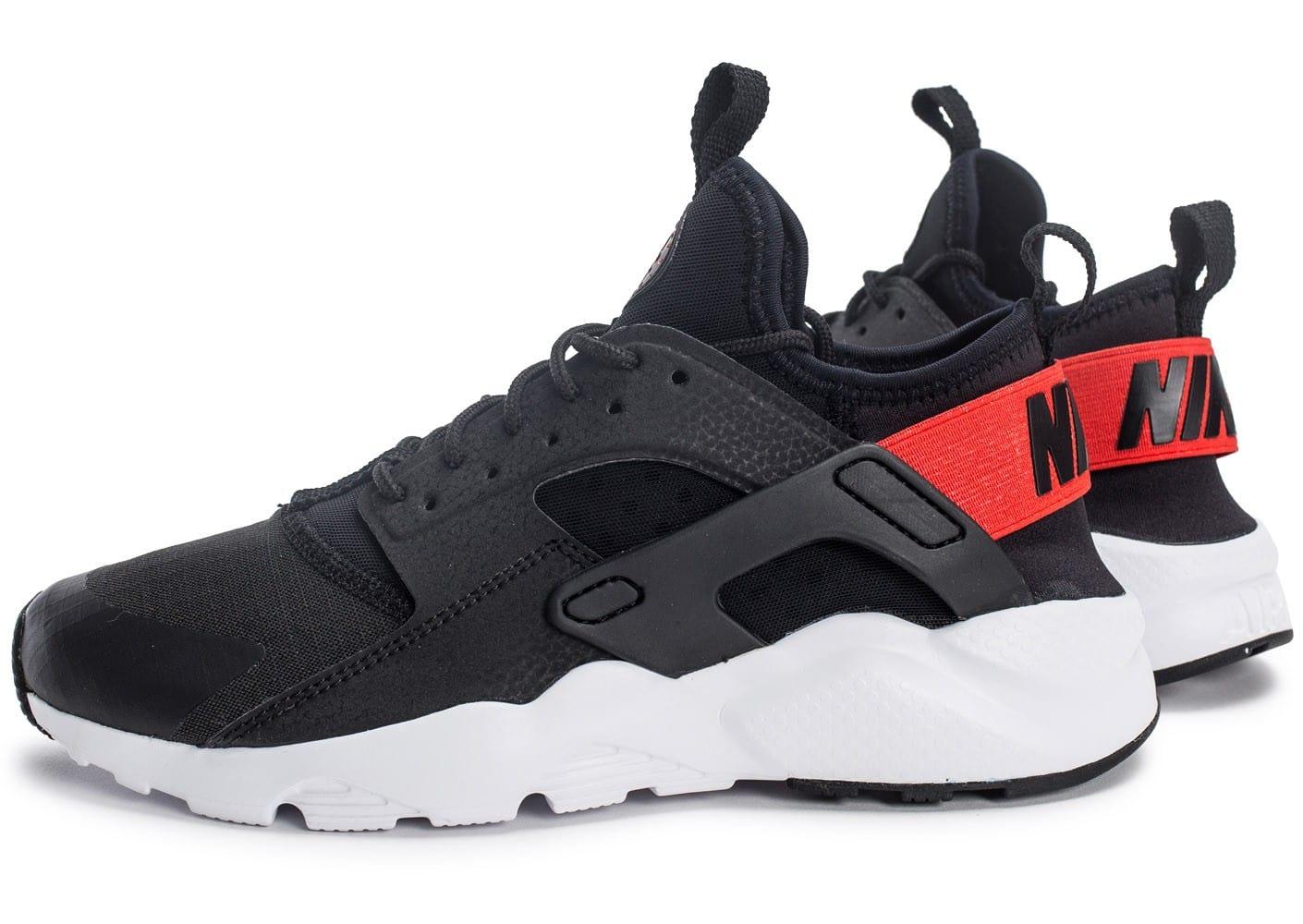 chaussure homme nike air noir blanc rouge
